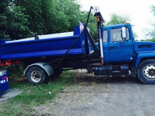 88 Mack Midliner 300 Hook Lift Truck,  Multi Lift,  2 Bins,  Roll Up photo