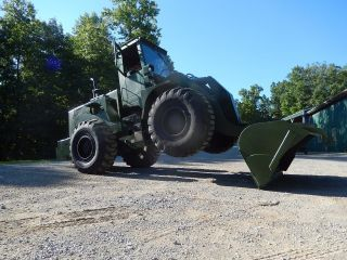 1983 International Dresser M10a 530 Rough Terrain Ex - Military Wheel Loader photo