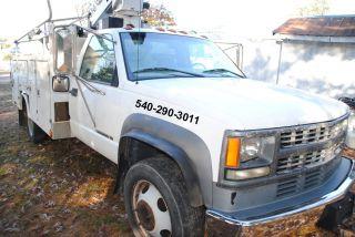 2002 Chevrolet 3500hd photo