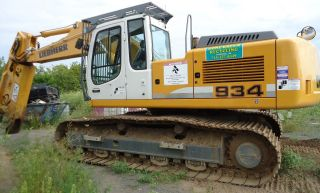 Liebherr 934 With Labounty 2500r Scrap,  Demolition,  Metal Cutting Shear photo