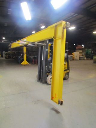 Reliable Crane 1/2 Ton 18 ' Wall Mount Cantilever Jib Crane 5