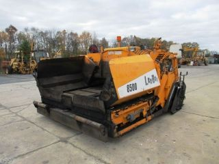 2005 Leeboy 8500 Asphalt Paver,  1008 Hours,  Hatz Diesel,  Legend Screed,  8 ' - 15 ' photo