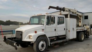 2002 Freightliner Fl 70 Crew Cab W/ National N50 Rear Mount Knuckle Boom Crane photo
