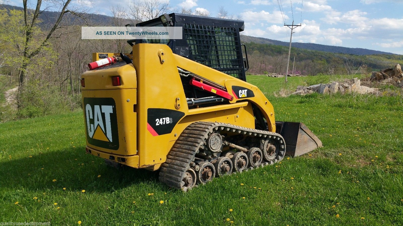 Track Skid Steer Loader : Caterpillar b compact track skid steer loader