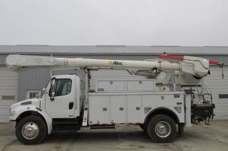 2006 Freightliner M2 Business Class Bucket Truck photo