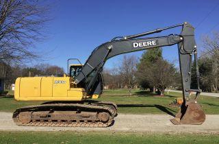 2009 John Deere 200d Lc Excavator photo