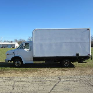 1995 Gmc Box Truck photo
