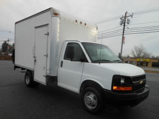 2008 Chevrolet Express 3500 photo