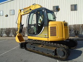 2007 Kobelco Sk70sr Excavator With Thumb Push Blade Rubber Tracks photo