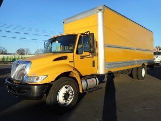 2012 International 4300 26 ' Box Truck photo