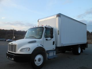 2008 Freightliner M2 photo