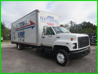 1995 Gmc Topkick Lopro 26 ' Box Truck photo