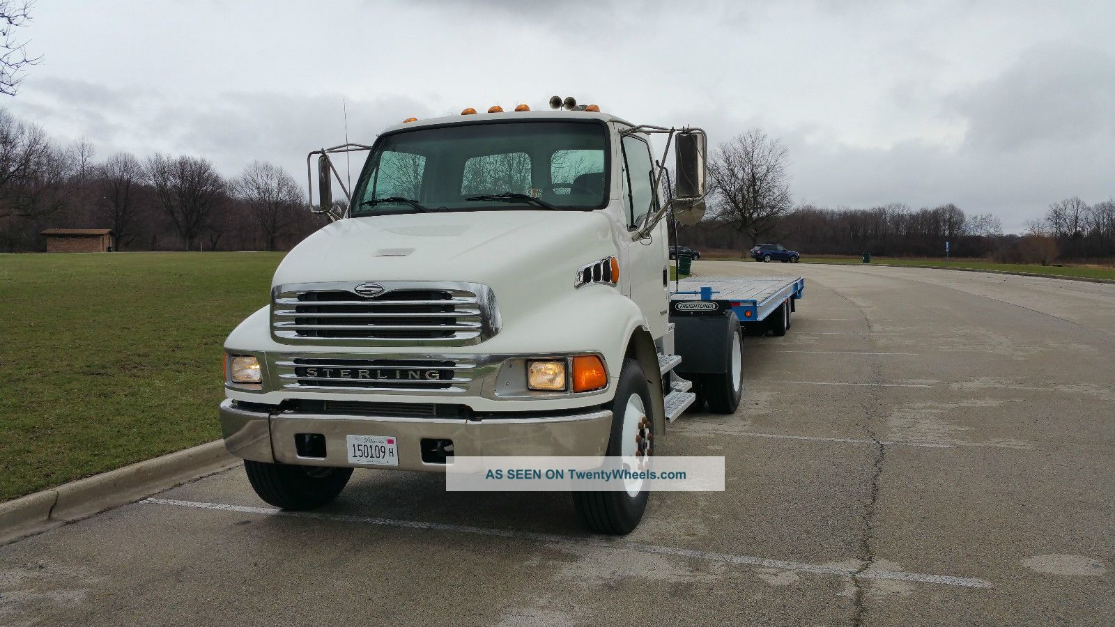 2001 Sterling Freighliner Single Axle Day Cab Acterra M2