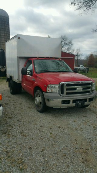 2005 Ford F - 350 With 11 Foot Box V10 Engine photo