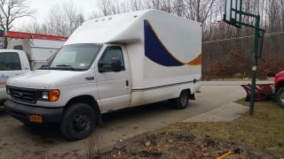 2004 Ford 3dc/e350 photo