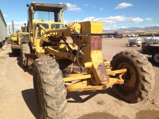 Caterpillar 12f Motor Grader Blade photo