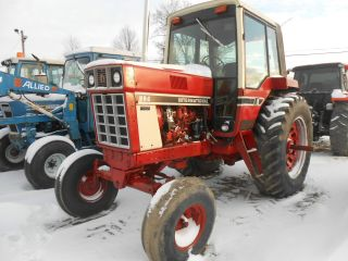 International 886 Cab Air 38in Radial Tires 2900hrs Showing In Pa photo