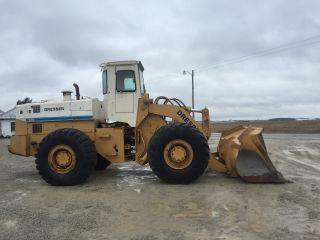 1981 Dresser 540 Wheel Loader,  Cab W/ Heat.  And Straight Machine photo