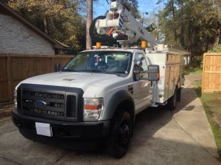 2009 Ford F550 photo