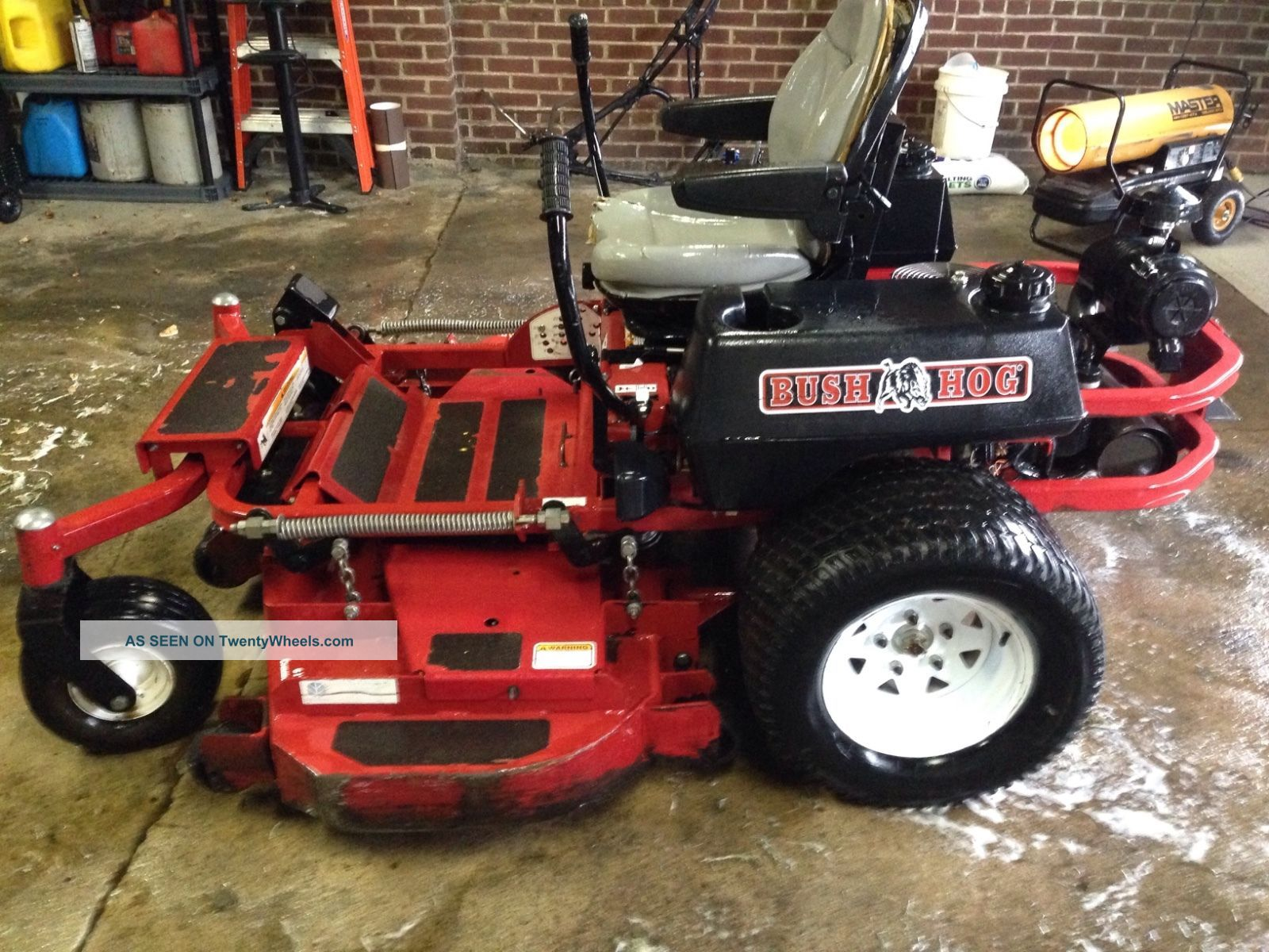 Bush Hog M2561 Zero Turn Mower