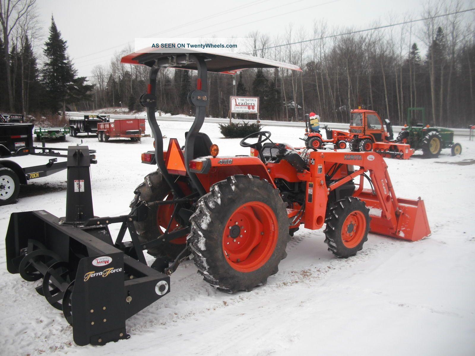 L3400 Kubota Tractor W Loader : Kubota l loader snowblower compact tractor hours