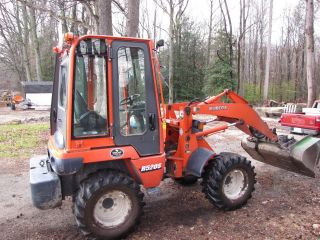 Kubota R520 Wheel Loader photo