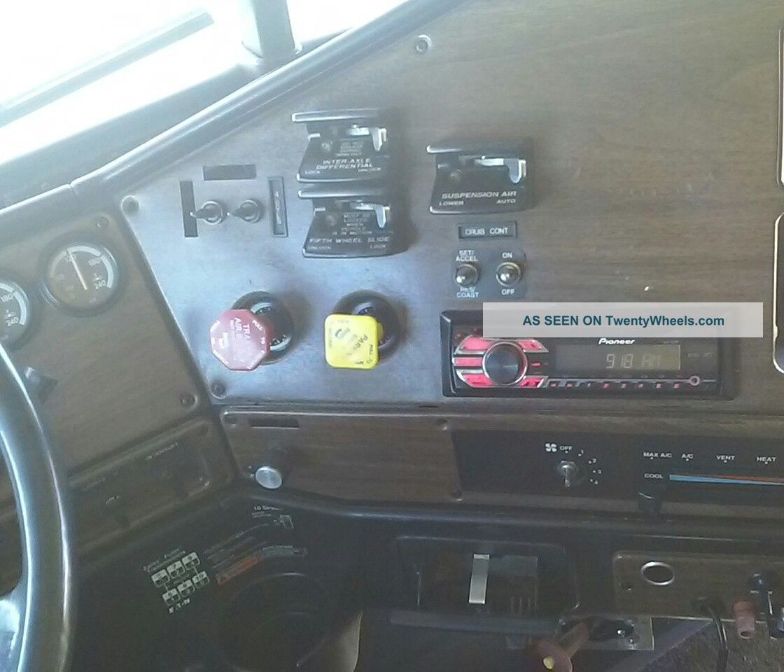 Freightliner Fld 120 Fuse Box Wiring Diagram | Wiring Library