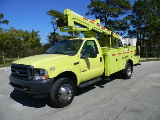 2003 Ford F550 photo