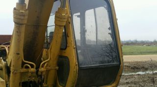 John Deere 490e Cab photo