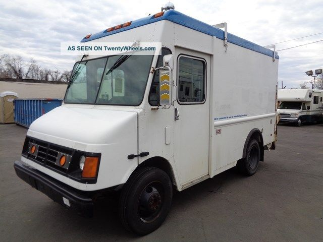 2004 Workhorse Step Van Step Vans photo