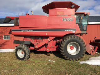 Complete Harvest System Combine/heads/cart photo