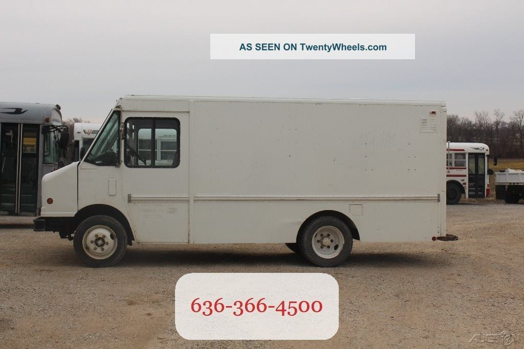 2000 Freightliner Mt35 Step Vans photo