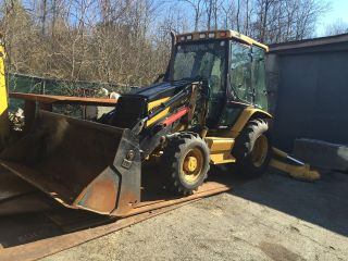 2003 Catipiller 420 Backhoe photo