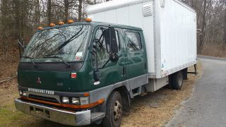 2004 Mitsubishi Fe - Sp Crew Cab photo