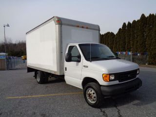 2004 Ford E350 Box Truck Van Delivery Service photo