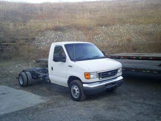 2005 Ford Econoline photo