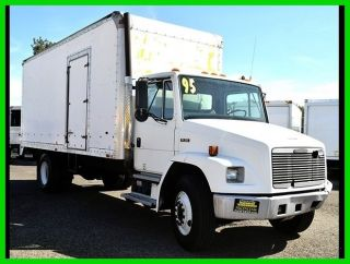 1995 Freightliner Fl70 photo