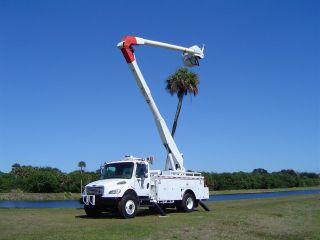2004 Freightliner photo