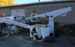 Versalift 35 ' Bucket Truck Boom Lift photo