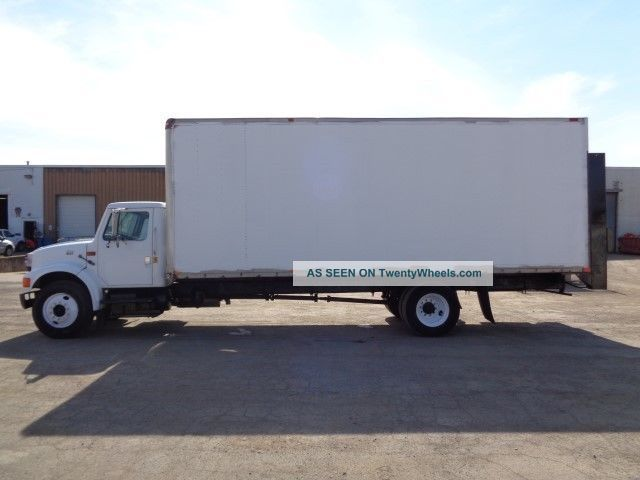 Tractor Lift Gate : International box truck with lift gate