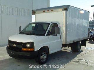 2011 Chevrolet Express 3500 Cargo Box Van Tommy Gate photo