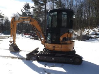 2013 Case Mini Excavator Cx36b Zts photo