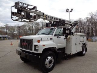 2000 Gmc 7500 Bucket Boom Cable Placing Reel Truck photo