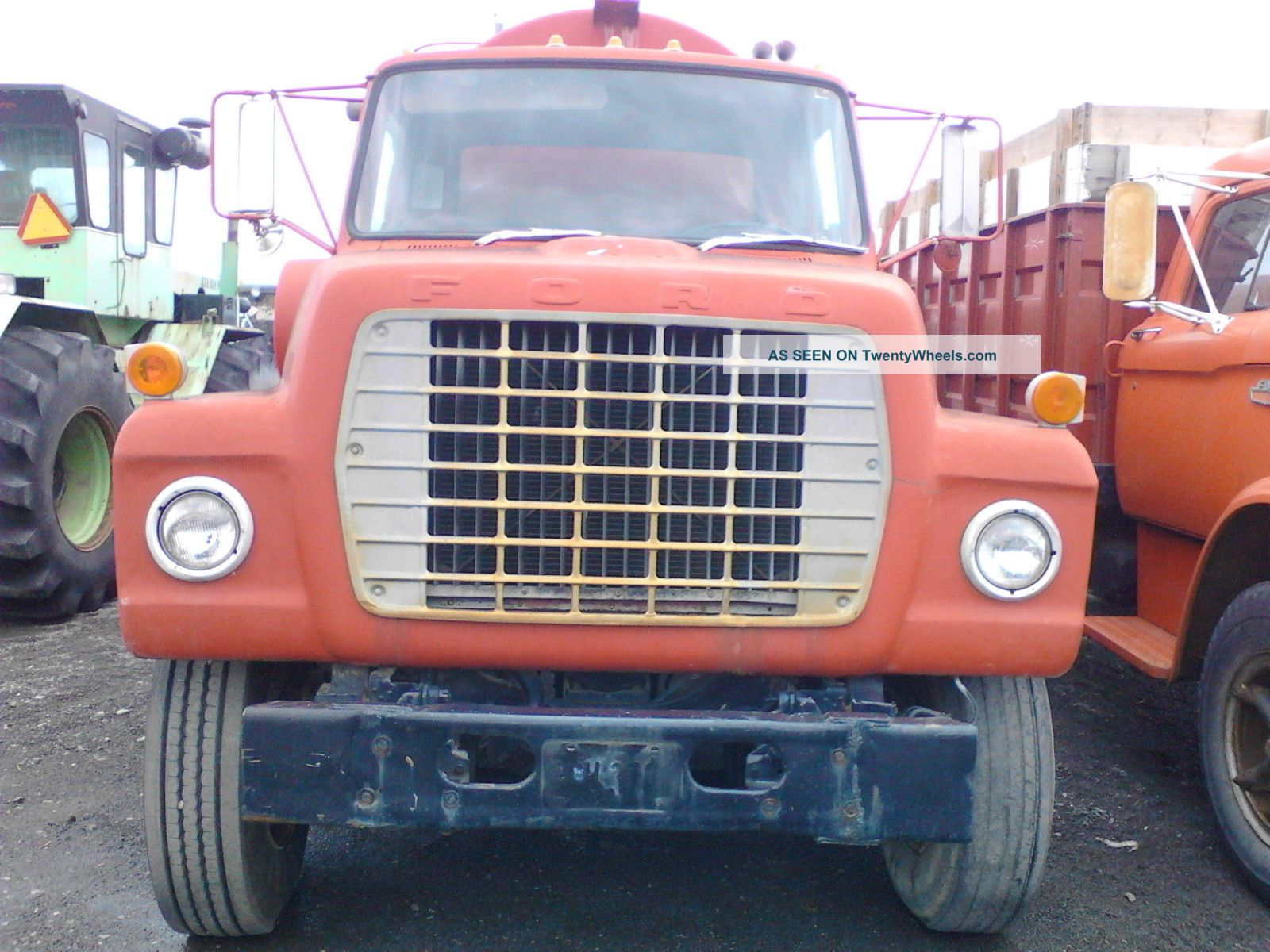 1972 Ford 9000 Tractor : Ford