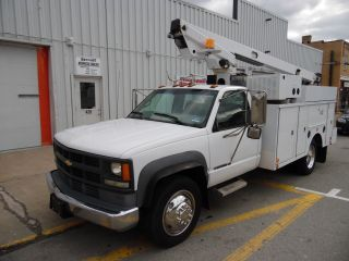 2000 Chevrolet C - 3500hd Service Bucket Telsta Boom Truck photo