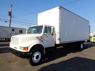 1999 International 4700 24 ' Box Truck photo