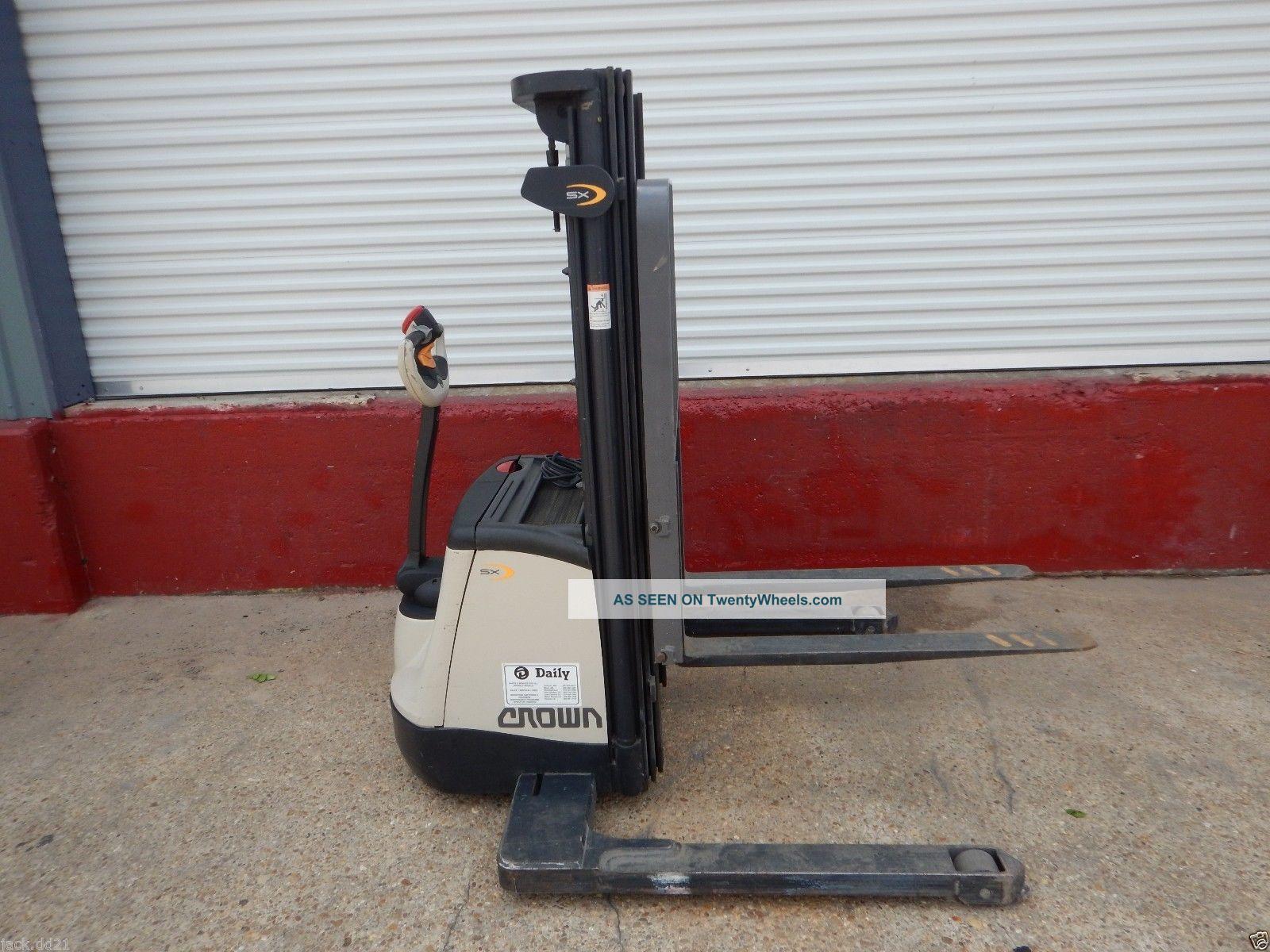 Crown Sx3000 30 Walk Behind Electric Forklift Pallet