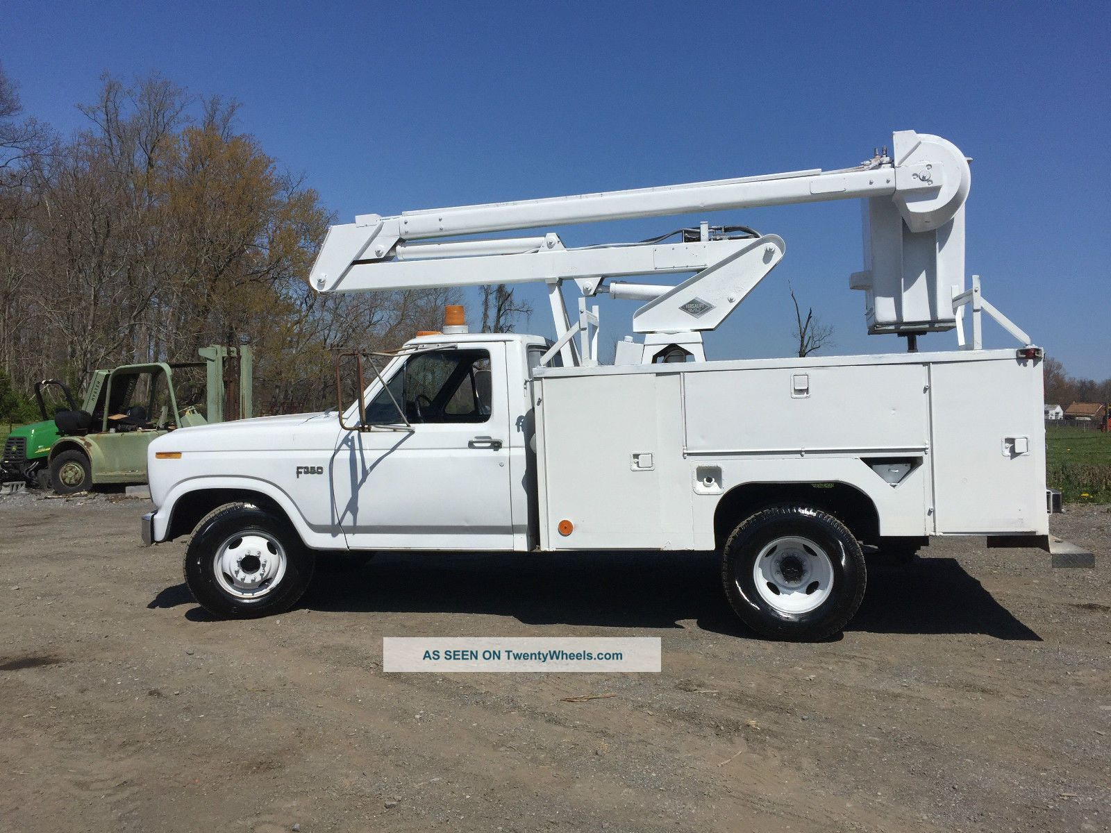 1983 Ford F350 Bucket / Boom Trucks photo
