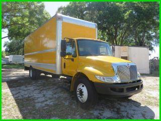 2011 International 4300 Box Truck photo