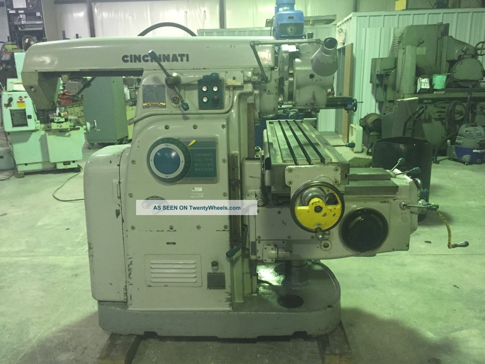 Cincinnati Horizontal/vertical Universal Mill,  50 Taper,  With Indexer & Tooling Milling Machines photo